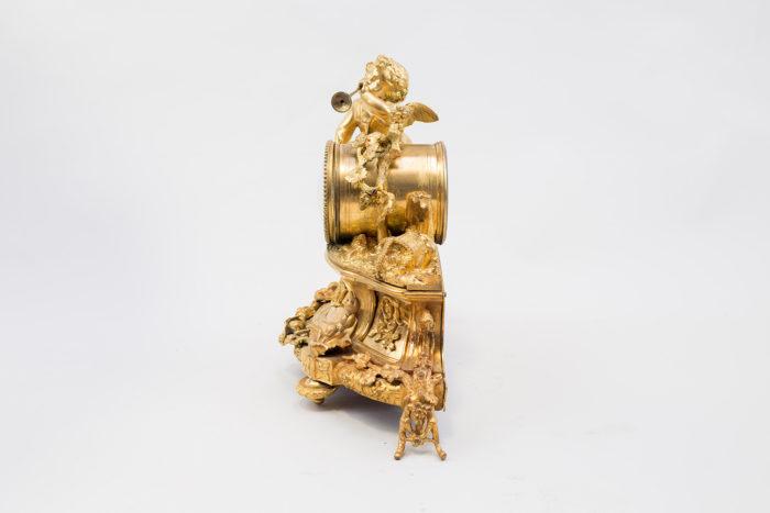 Horloge style Louis XVI bronze coté