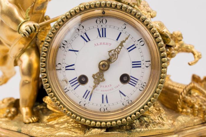 Horloge style Louis XVI bronze coté cadran