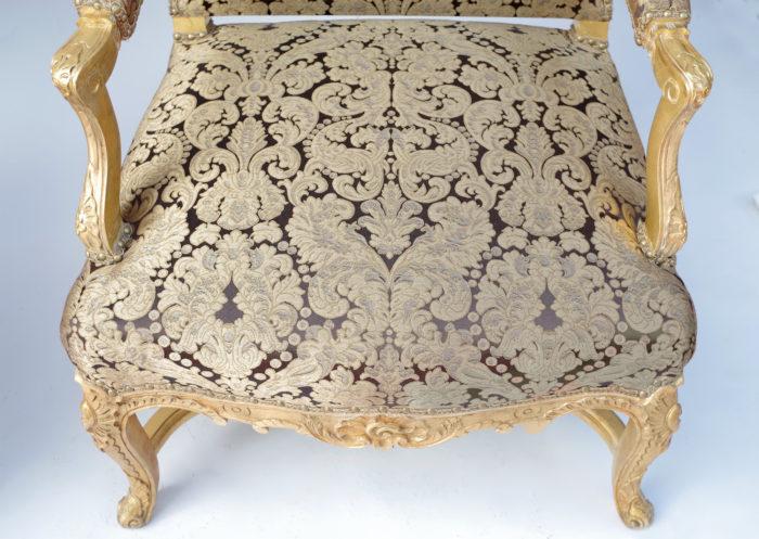 Paire fauteuils régence doré assise