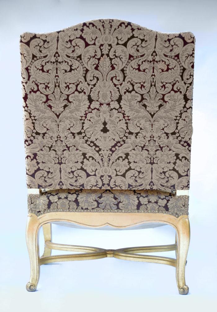 Paire fauteuils régence doré dos