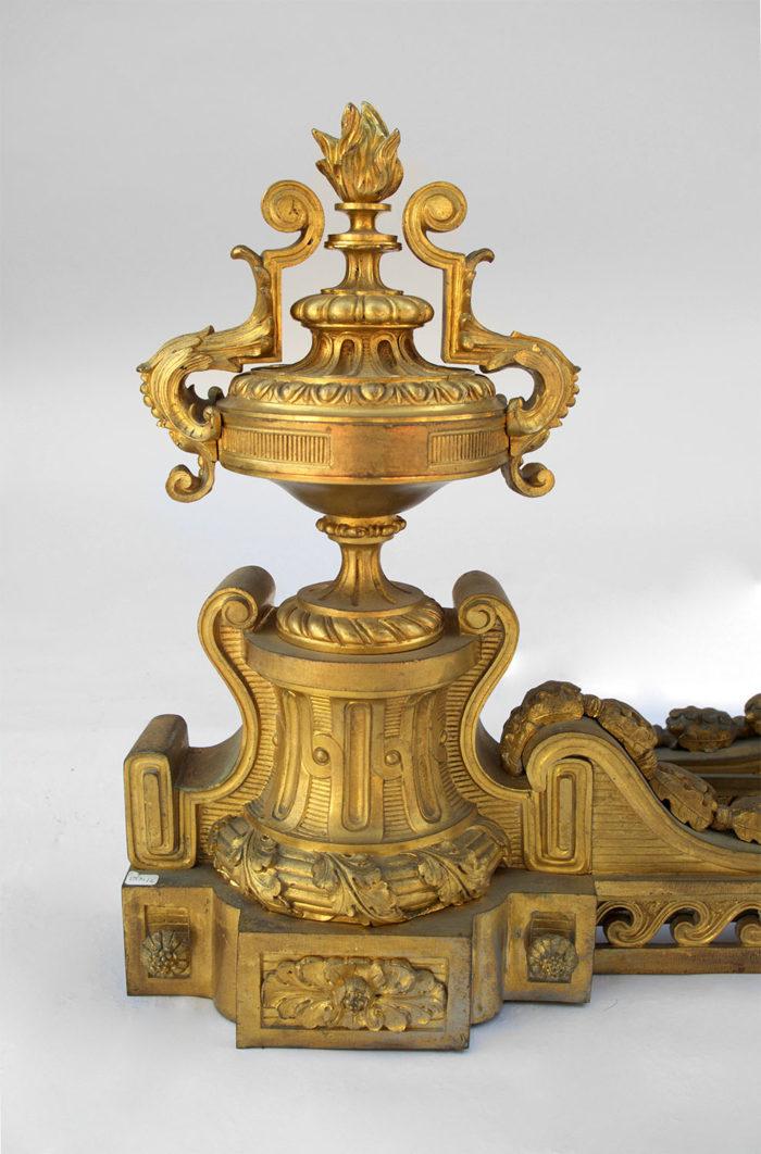 Paire chenets bronze dore louis xvi solo