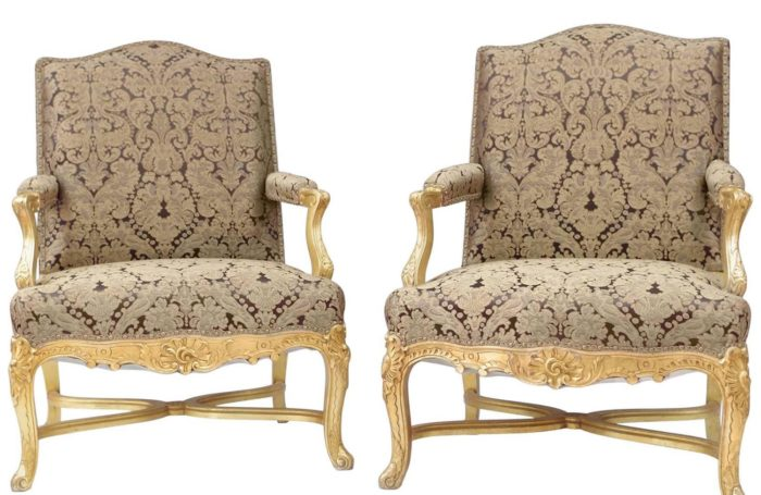 fauteuils regence bois dore garniture or marron