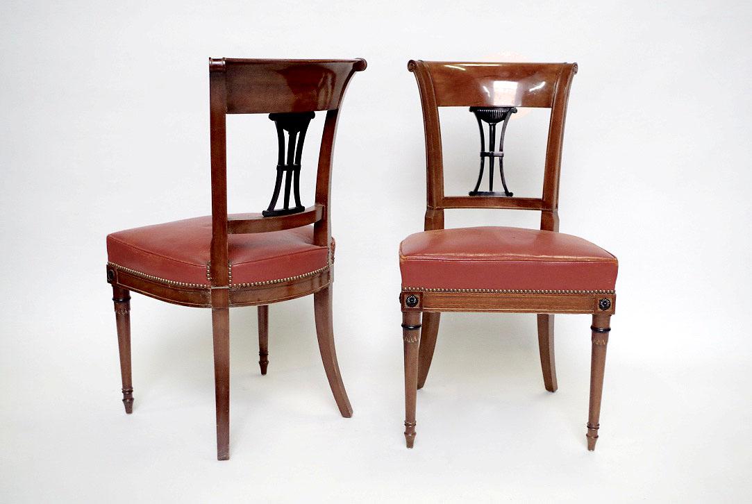 Style Directoire série de six chaises de style directoire en acajou et garniture de