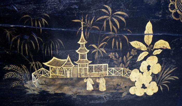 table abattant laque noire pagode detail 3