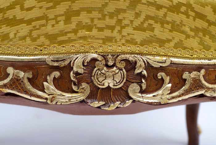 tabouret bras louis xv detail coquille