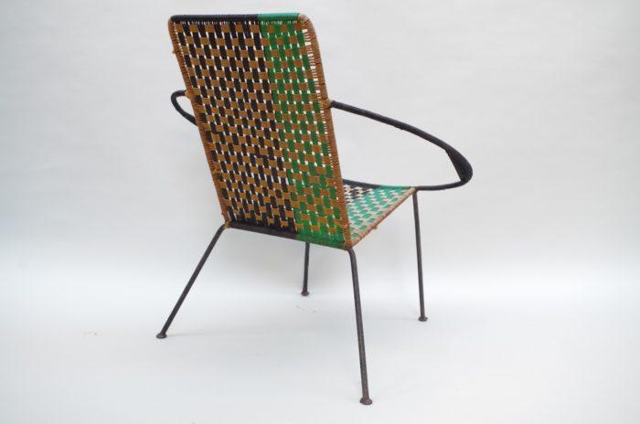 chaise tressée verte