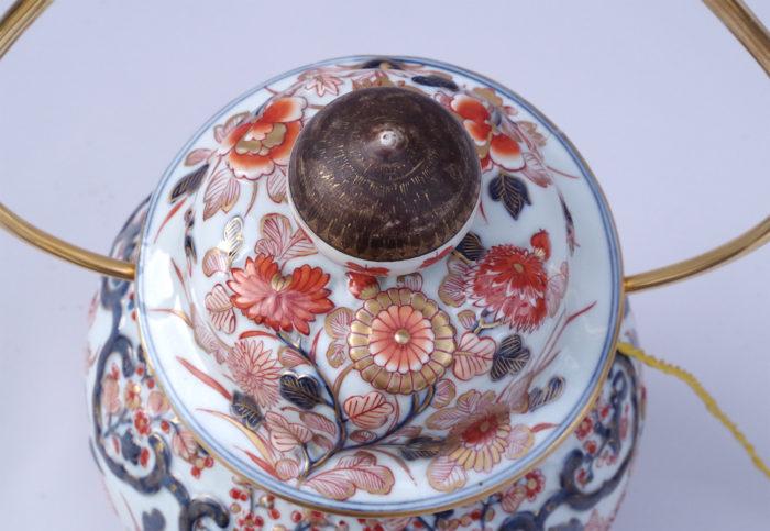 vase potiche imari monté en lampe lyre