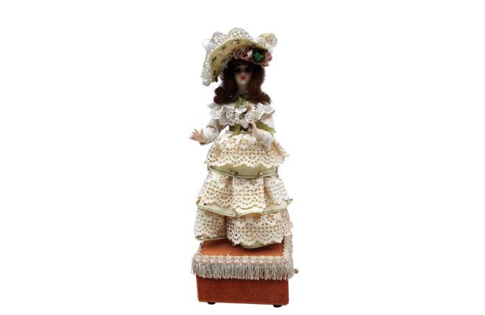 doll music box