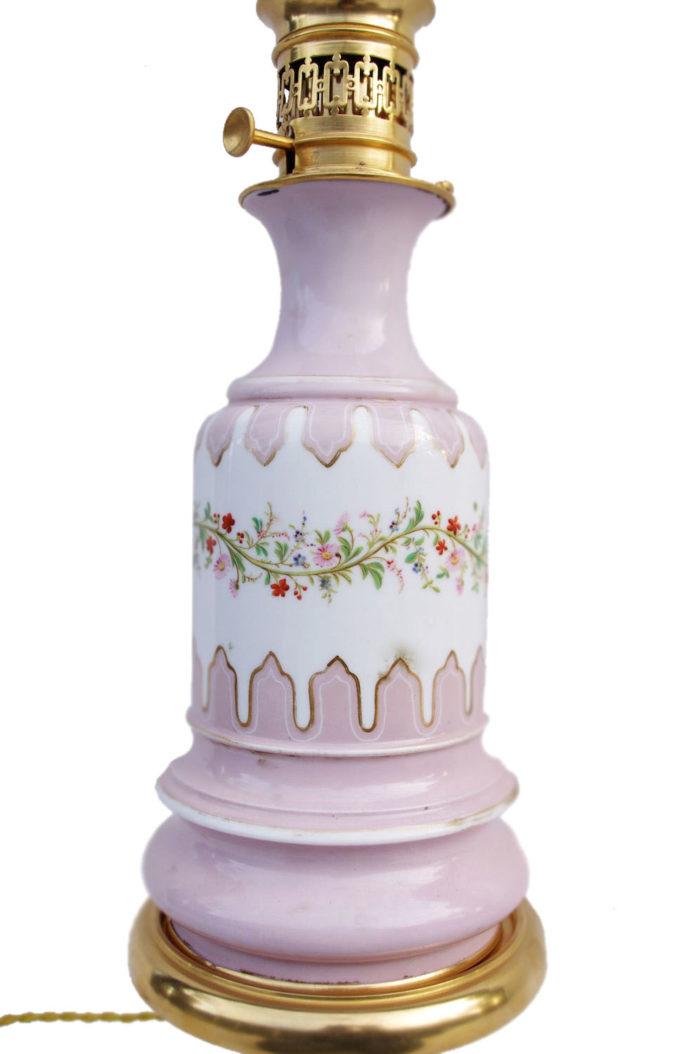 paire lampes lilas porcelaine paris