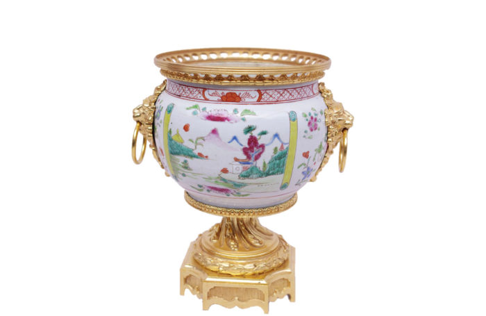 porcelain canton vase