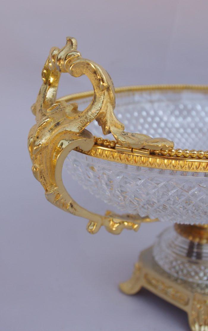 coupe ovale en cristal