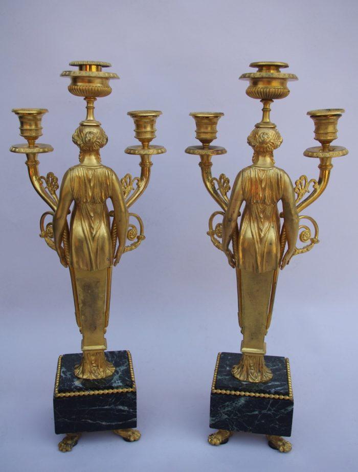 candélabres bronze marbre caryatides
