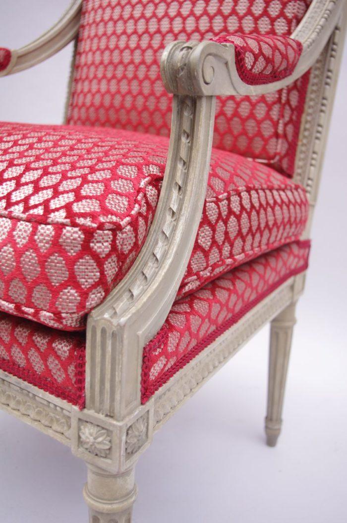 fauteuils Louis XVI style