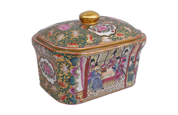covered canton porcelain box