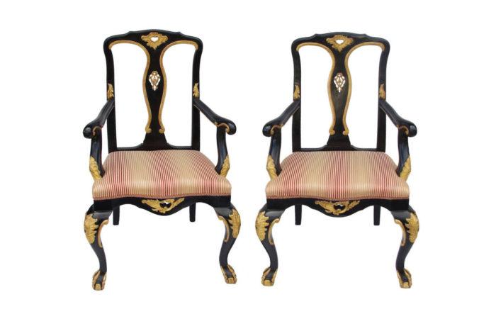 fauteuils chippendale laqués noir
