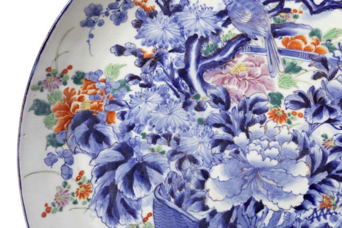 plat porcelaine blanc bleu chrysantheme