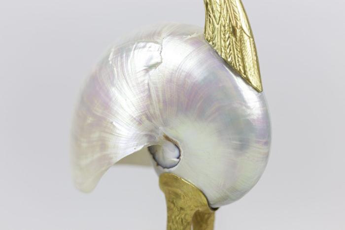sculpture oiseau coquillage nacré