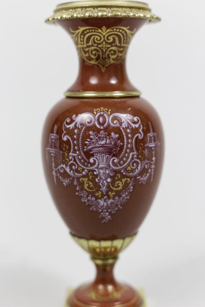 vases porcelaine rouge décor blason