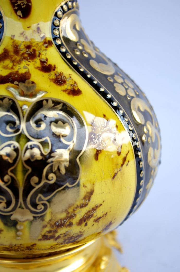 lampe arabisante faience lunéville detail or