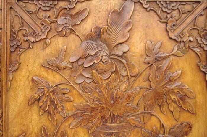 paire bas relief asiatiques bois detail 3