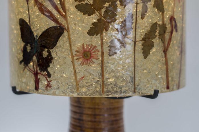 lampe accolay ceramique abat jour résine papillon