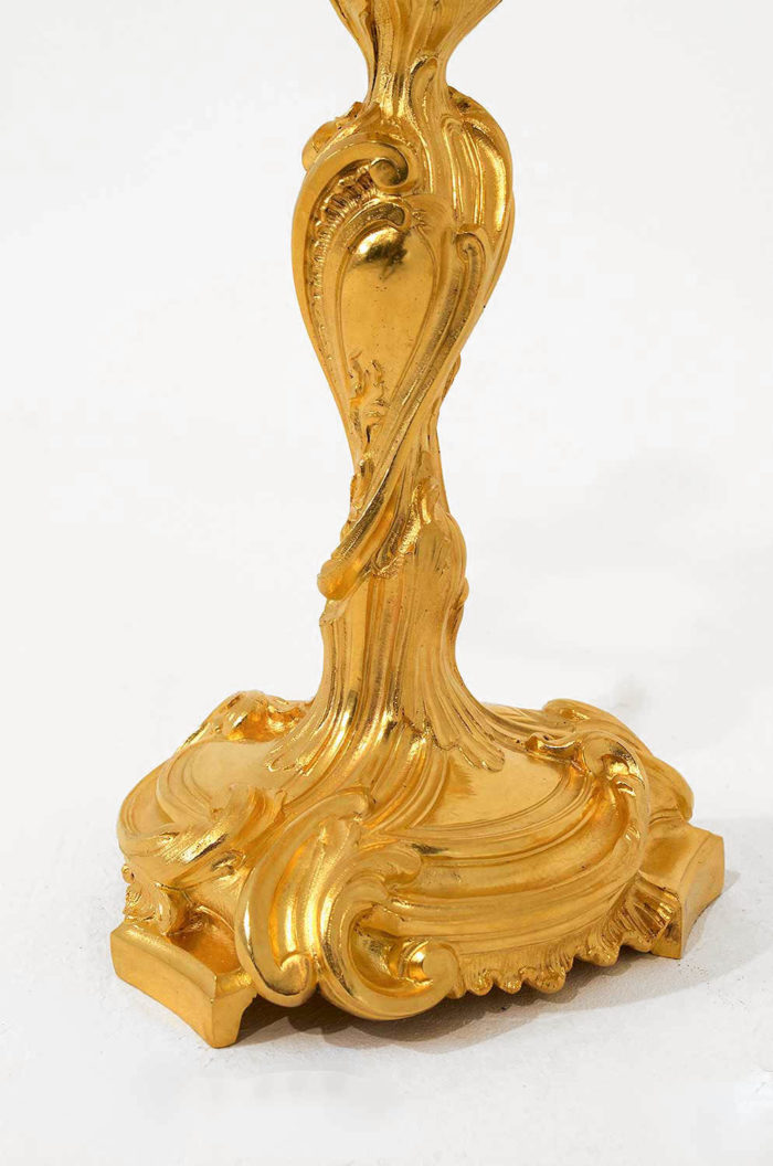 candélabres-louis-xv-bronze-doré-cartouche-messionnier