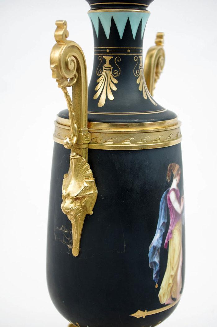 lampe porcelaine neoclassique lion monture bronze