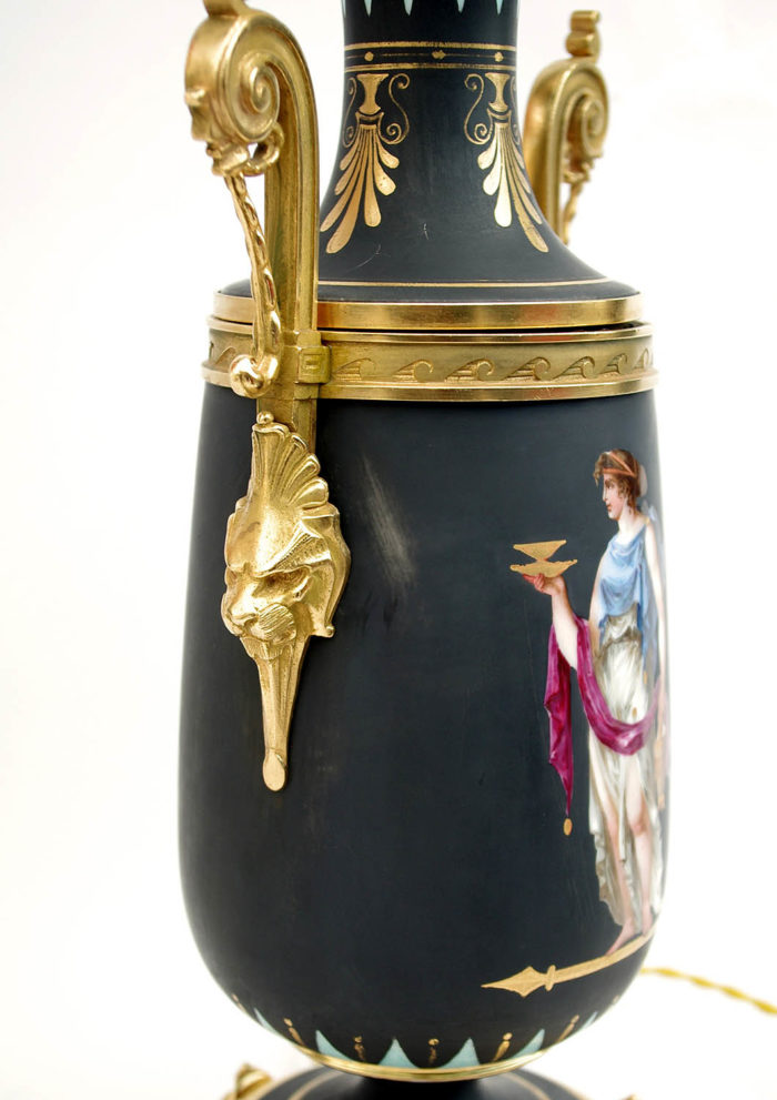 lampe porcelaine noire bronze doré