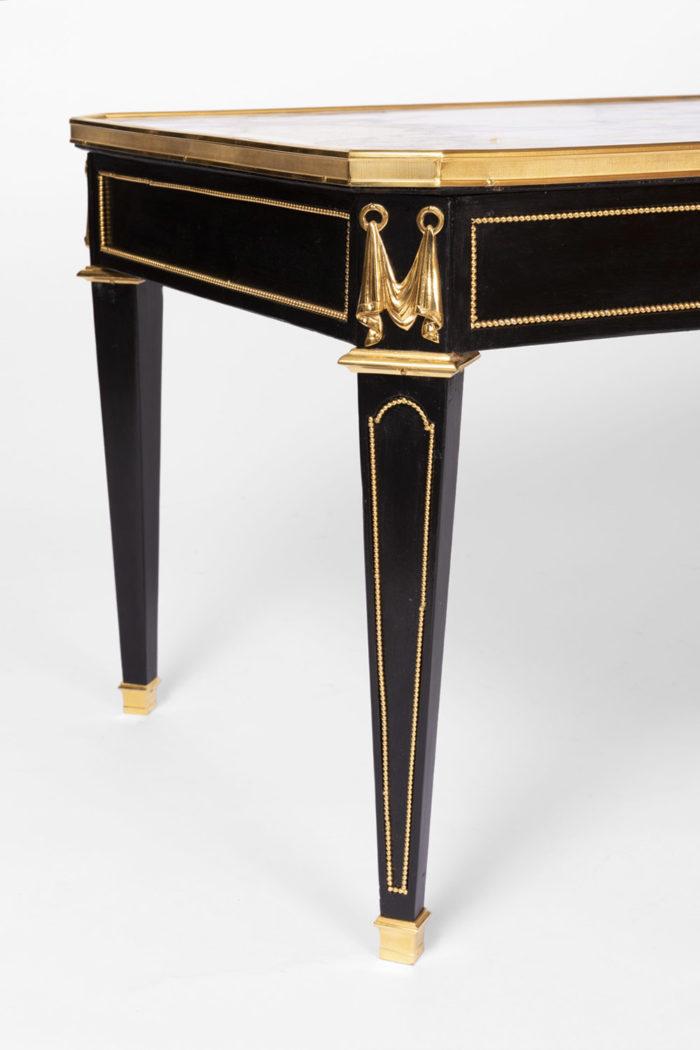 table basse laquée noire pied
