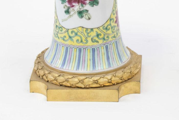 vases porcelaine monture bronze doré