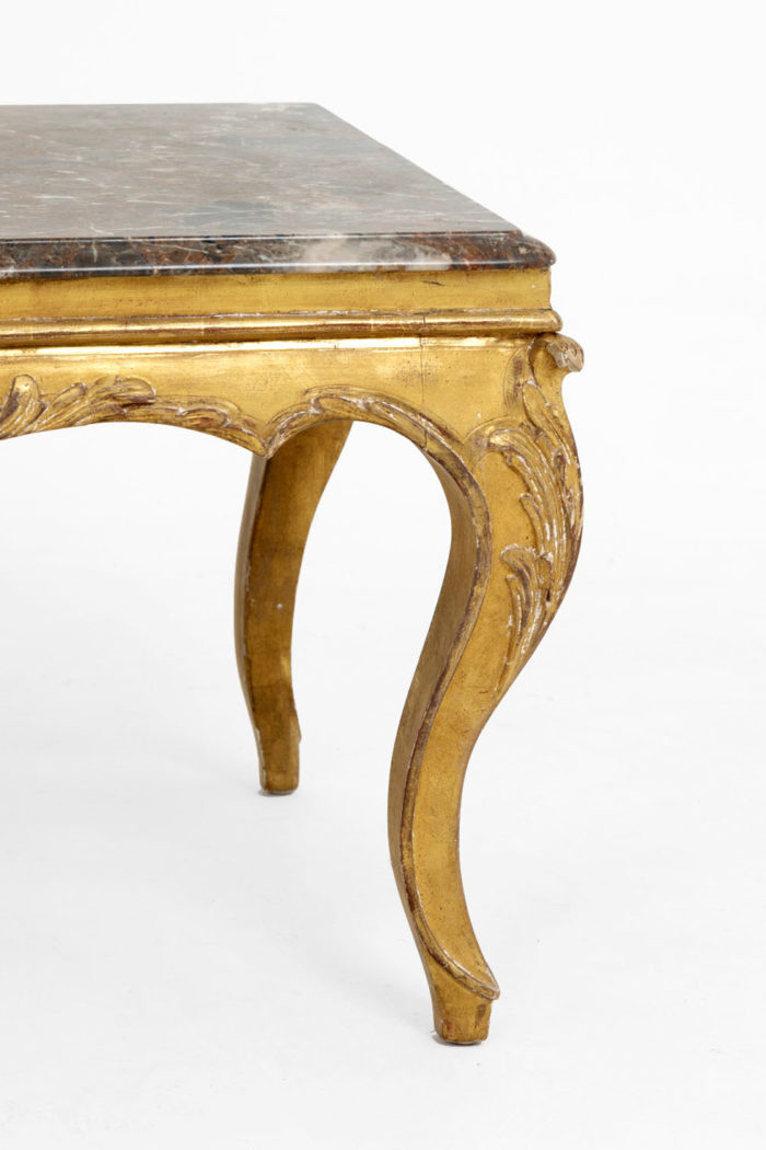 table-basse-style-LouisXV-bois-pied