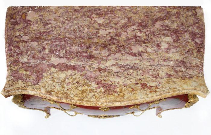 commode sauteuse louisxv laque rouge chinoisant marbre fleur de pecher