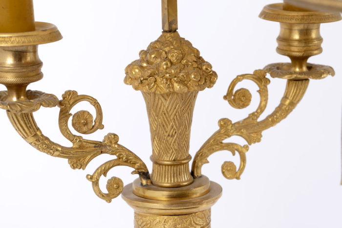 lampe bouillotte restauration detail bouquet