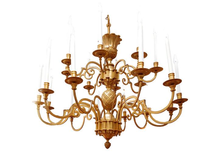 lustre delisle oeuf stylisé