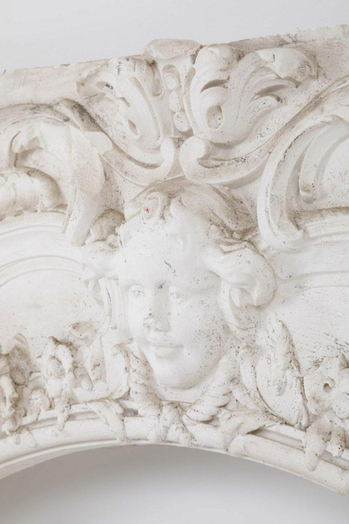 panneau stuc louis XV detail putto