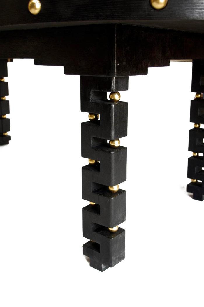 table agates pied bois noirci