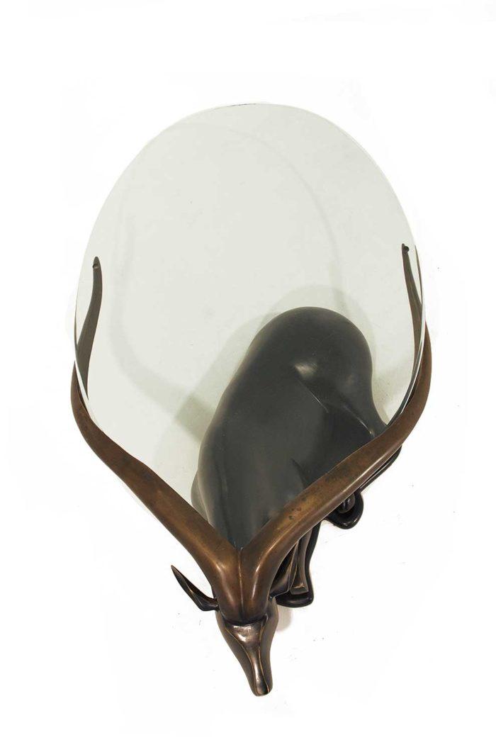 table-basse-bronze-antilope-dessus-verre