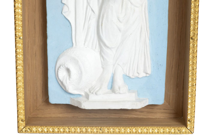 detail vestal terracotta piedestal wedgwood style