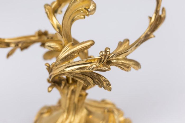 feuilages stylisés bronze doré candélabre