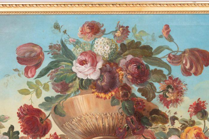 fleurs rouge dans vase laurier