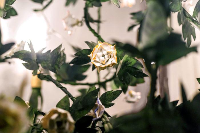 lustre fleurs metal porcelaine vincennes
