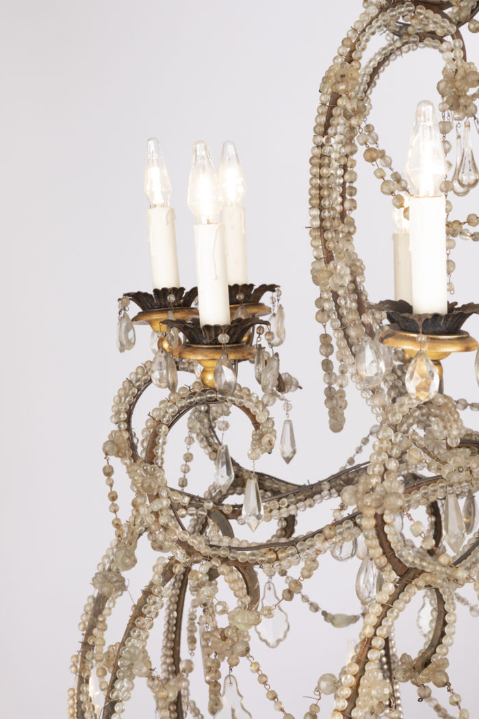 genoese chandelier armlight detail 3