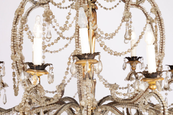 genoese chandelier lights detail