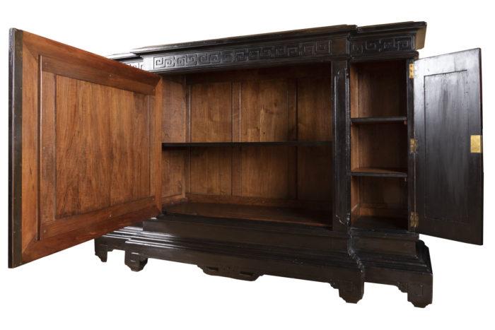 meuble d'appui chinoisant vantaux ouverts