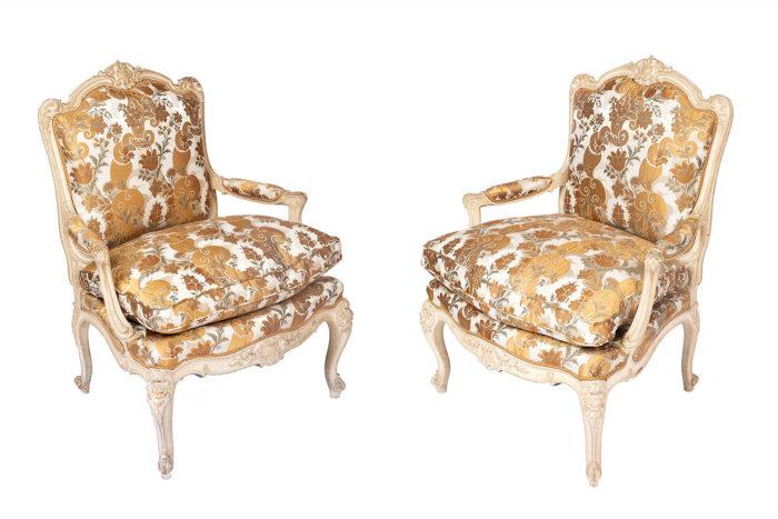 paire fauteuils tilliard louis xv laqué crème