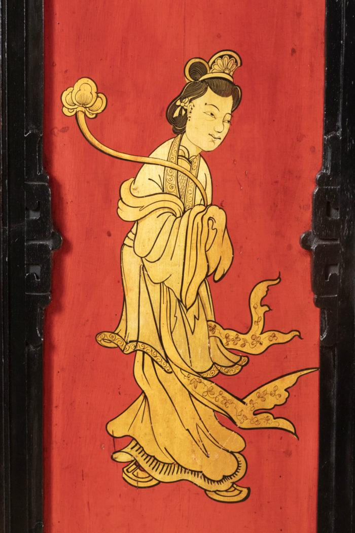 panneau laque rouge noir or femme chinoise