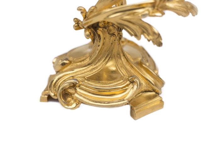 pied rocaille candélabre bronze doré