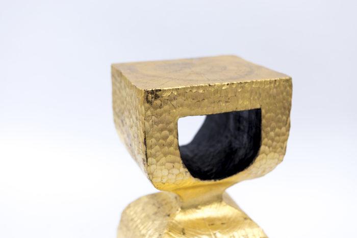 bout de canapé bois doré zoom assise intérieur noir