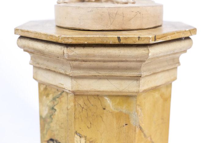 chapiteau colonne faux marbre jaune