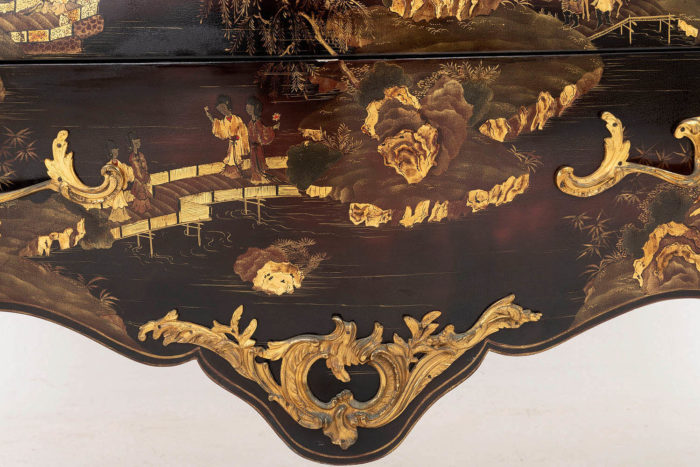 commode louis xv cul de lampe tablier